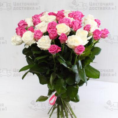 Розовая и белая роза в букете 51 штука