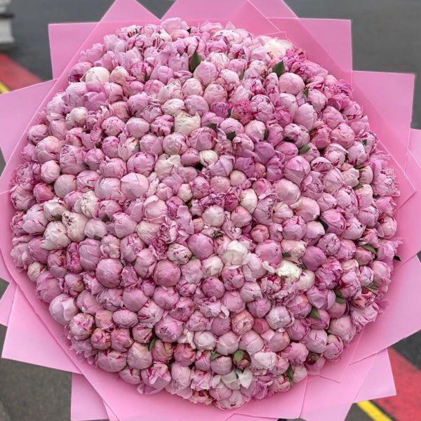 Бесплатная доставка розовых пионов